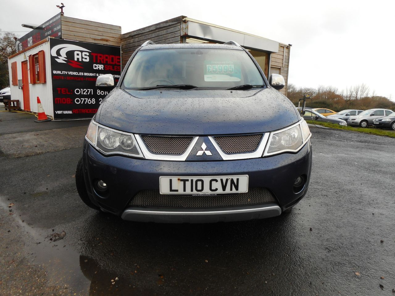 MITSUBISHI OUTLANDER  II DIESEL ESTATE - 2.2 DI-DC DIAMOND 5DR (2010) - Picture 2