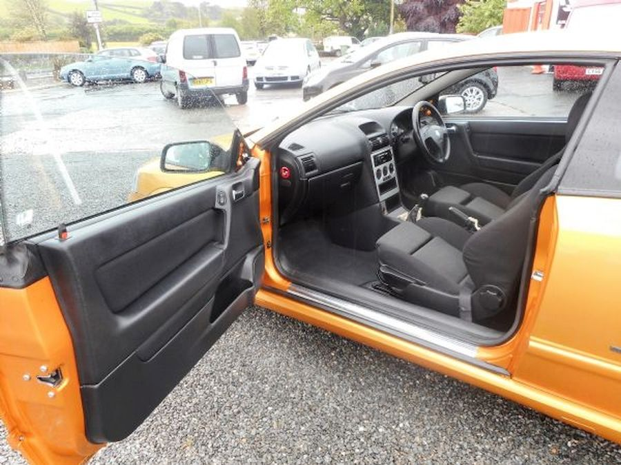 VAUXHALL ASTRA 1.8 16V - Picture 10