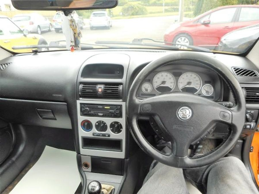 VAUXHALL ASTRA 1.8 16V - Picture 14