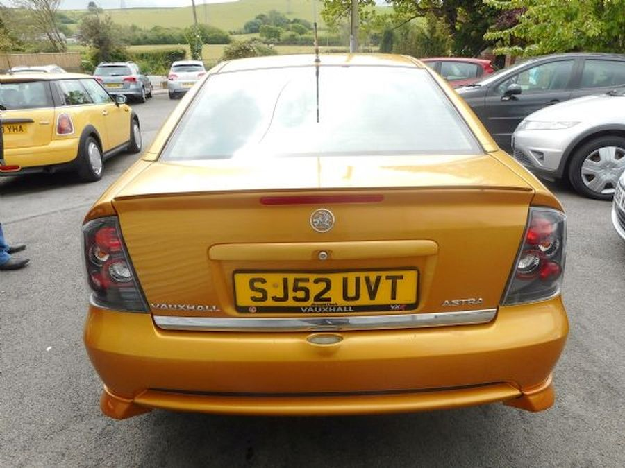 VAUXHALL ASTRA 1.8 16V - Picture 5