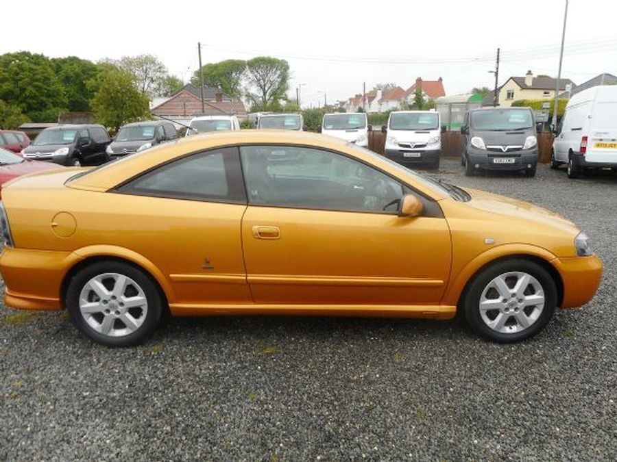 VAUXHALL ASTRA 1.8 16V - Picture 7