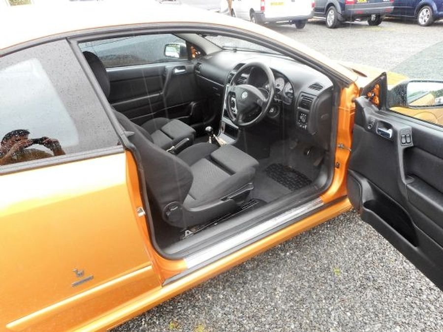 VAUXHALL ASTRA 1.8 16V - Picture 9