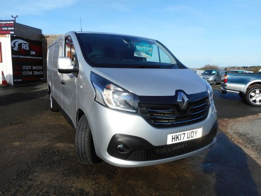 RENAULTTRAFICLL29 SPORT NAV DCI for sale