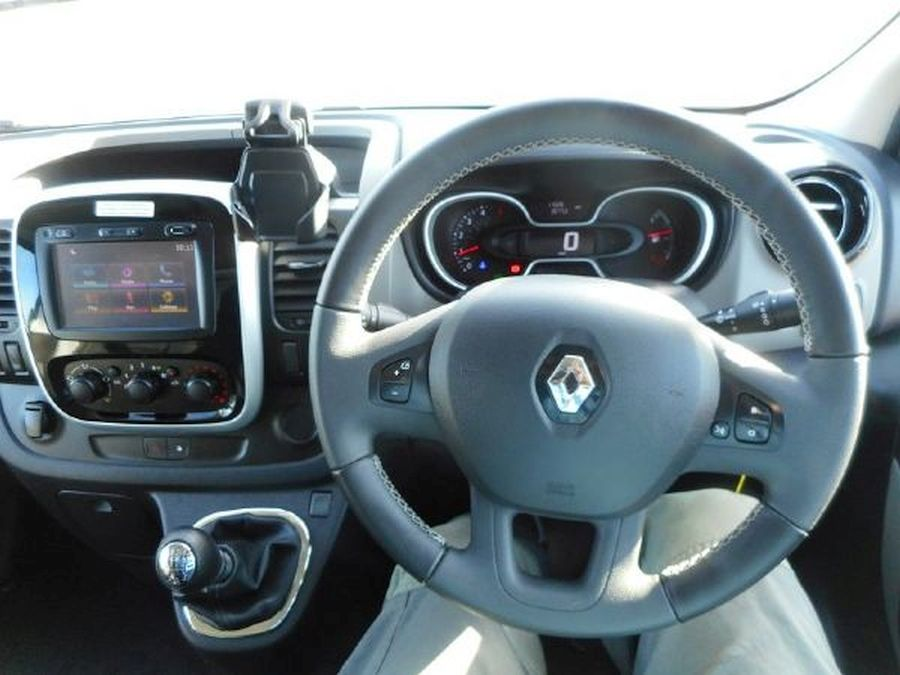 RENAULT TRAFIC LL29 SPORT NAV DCI - Picture 16