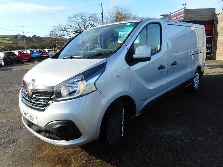 RENAULT TRAFIC LL29 SPORT NAV DCI (2017) - Picture 6