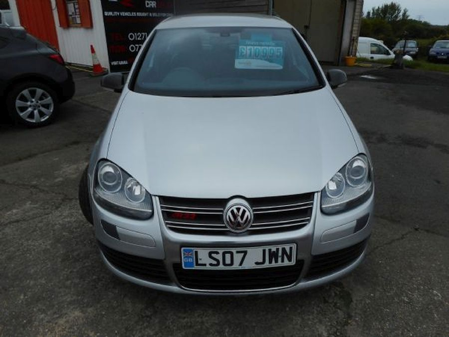 VOLKSWAGEN GOLF R32 S-A 3.2 Litre 5 DOOR HATCHBACK (2007) - Picture 2