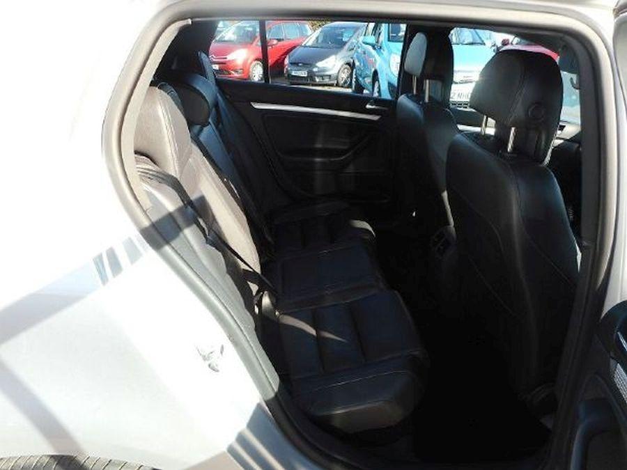 VOLKSWAGEN GOLF R32 S-A 3.2 Litre 5 DOOR HATCHBACK - Picture 6