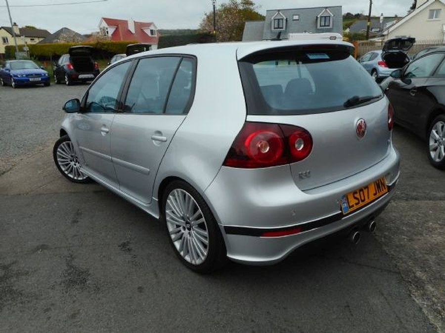 VOLKSWAGEN GOLF R32 S-A 3.2 Litre 5 DOOR HATCHBACK (2007) - Picture 7