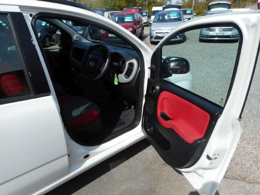 FIAT PANDA EASY 1.2 Litre (2013) - Picture 9