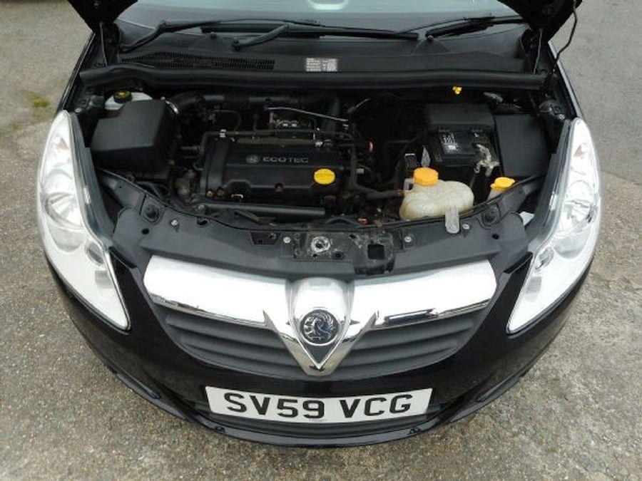 VAUXHALL CORSA 1.4 litre  CLUB AC 16V AUTO (2009) - Picture 18
