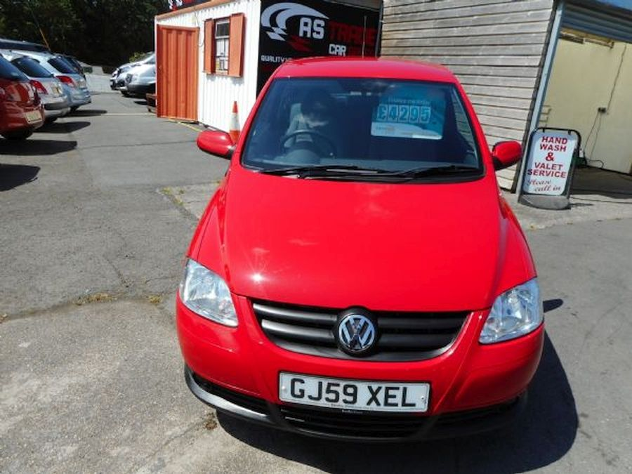 VOLKSWAGEN 1.2 litre URBAN FOX 55 (2009) - Picture 2