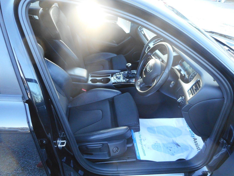 AUDI 2 LITRE A4 S LINE BLACK EDIT TDI QUAT - Picture 12