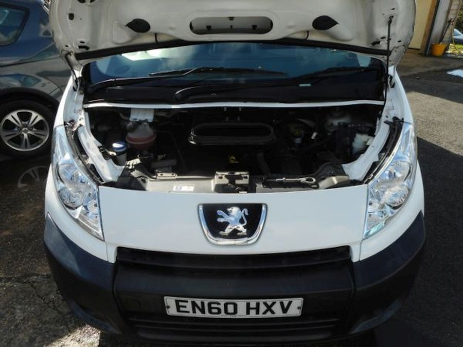 PEUGEOT EXPERT PROFESSIONAL HDI 2 LITRE (2011) - Picture 14