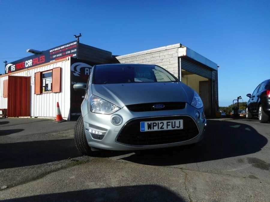 FORDS-MAXTITANIUM TDCI 1.6 LITRE for sale