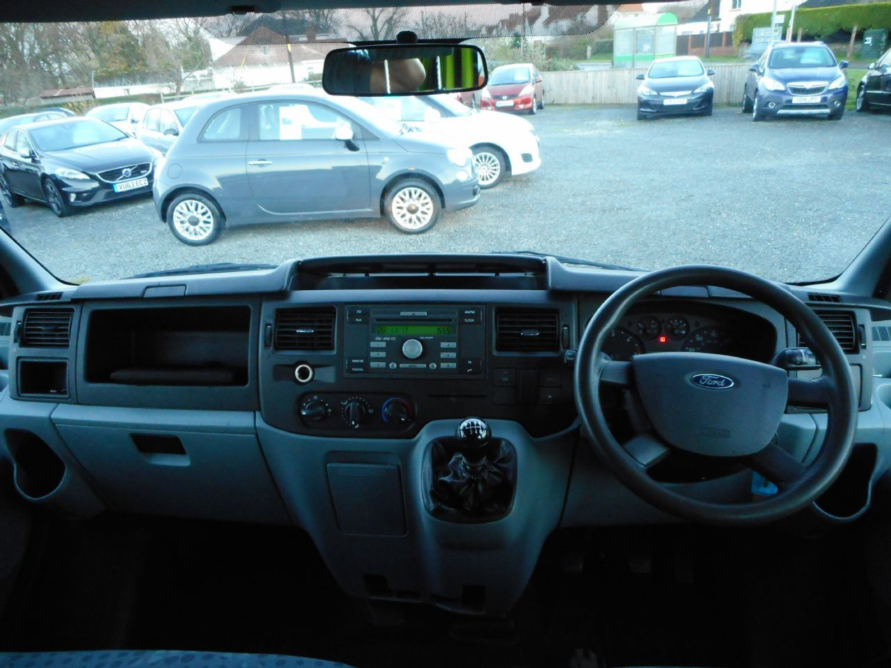 FORD TRANSIT 100 T350 RWD (2012) - Picture 6