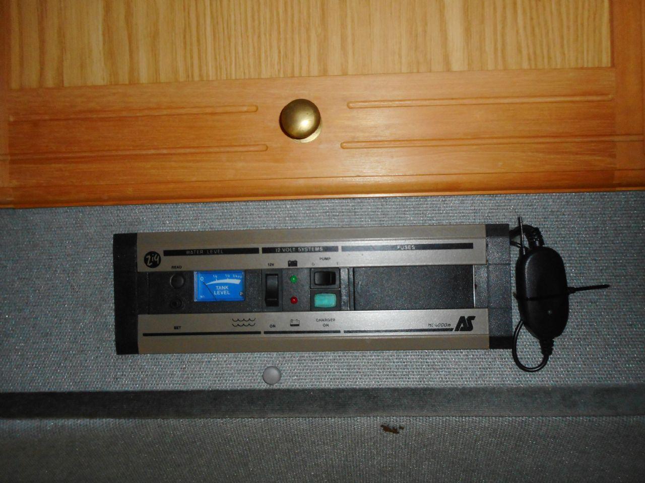 PEUGEOT BOXER 320 MWB CAMPER VAN  (1995) - Picture 18