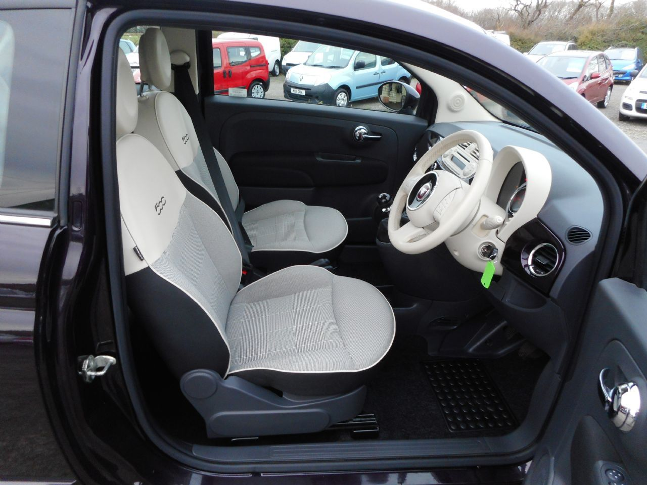 FIAT 500 1.2i Lounge S/S - Picture 5