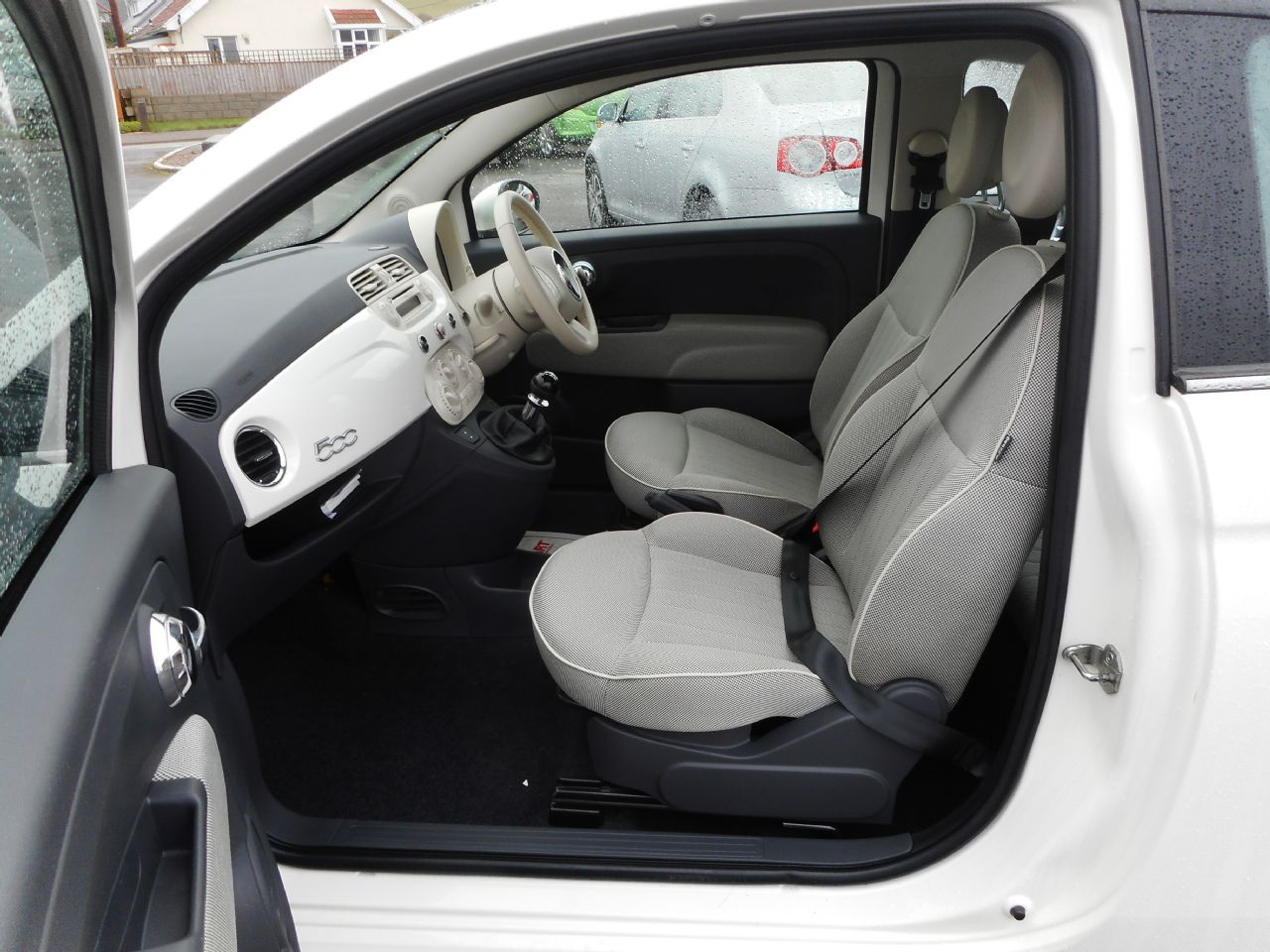 FIAT 500 1.2i Lounge - Picture 7