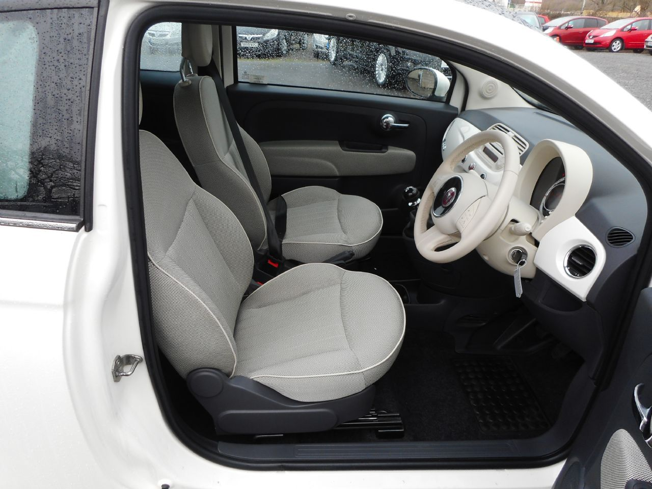 FIAT 500 1.2i Lounge - Picture 8