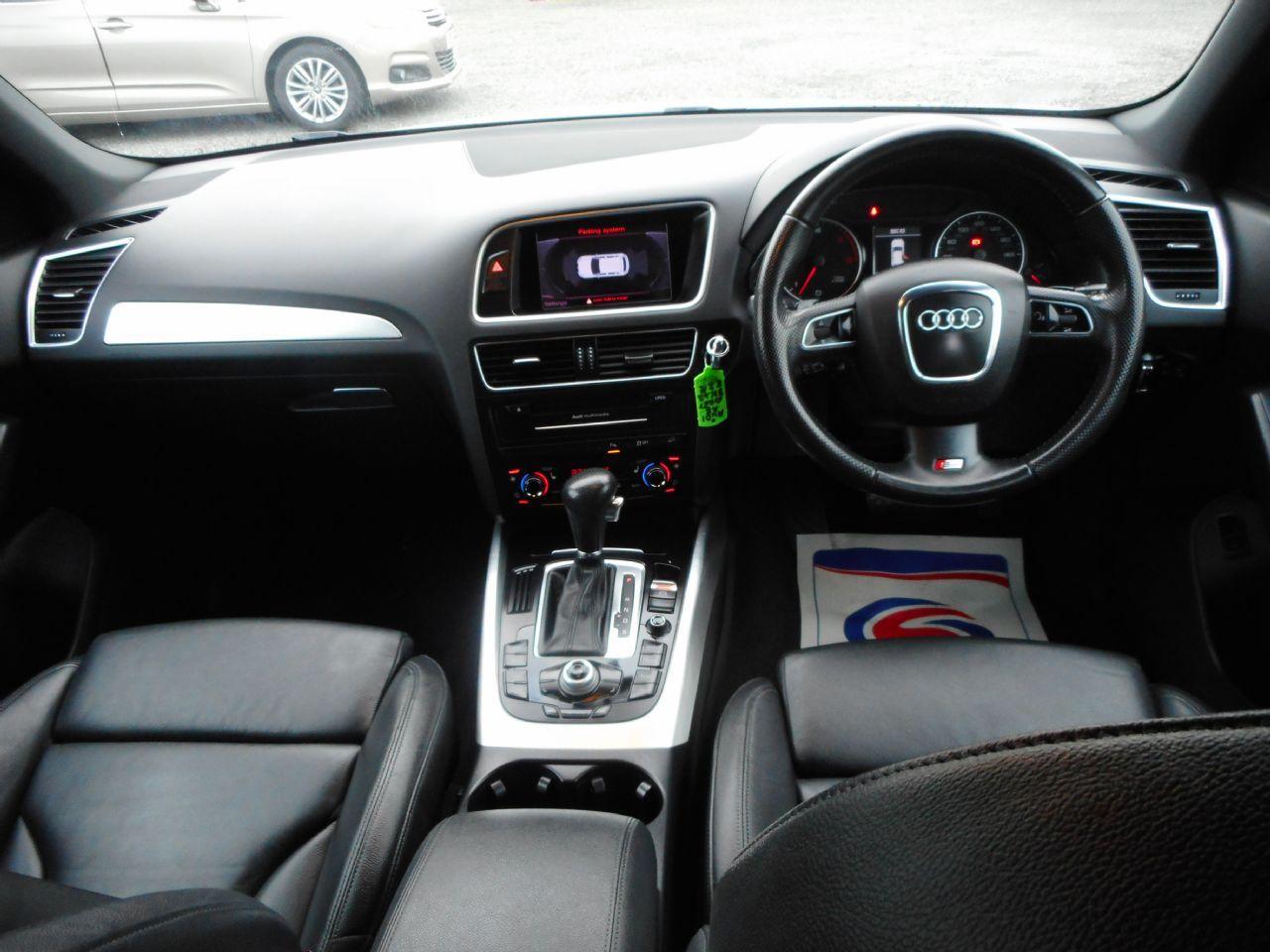 AUDI Q5 3.0 TDI quattro S line 240PS (2012) - Picture 10