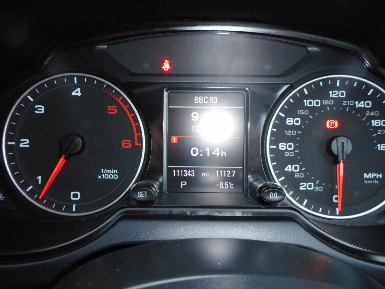 AUDI Q5 3.0 TDI quattro S line 240PS (2012) - Picture 13