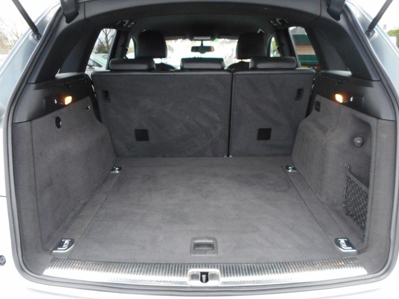 AUDI Q5 3.0 TDI quattro S line 240PS (2012) - Picture 14