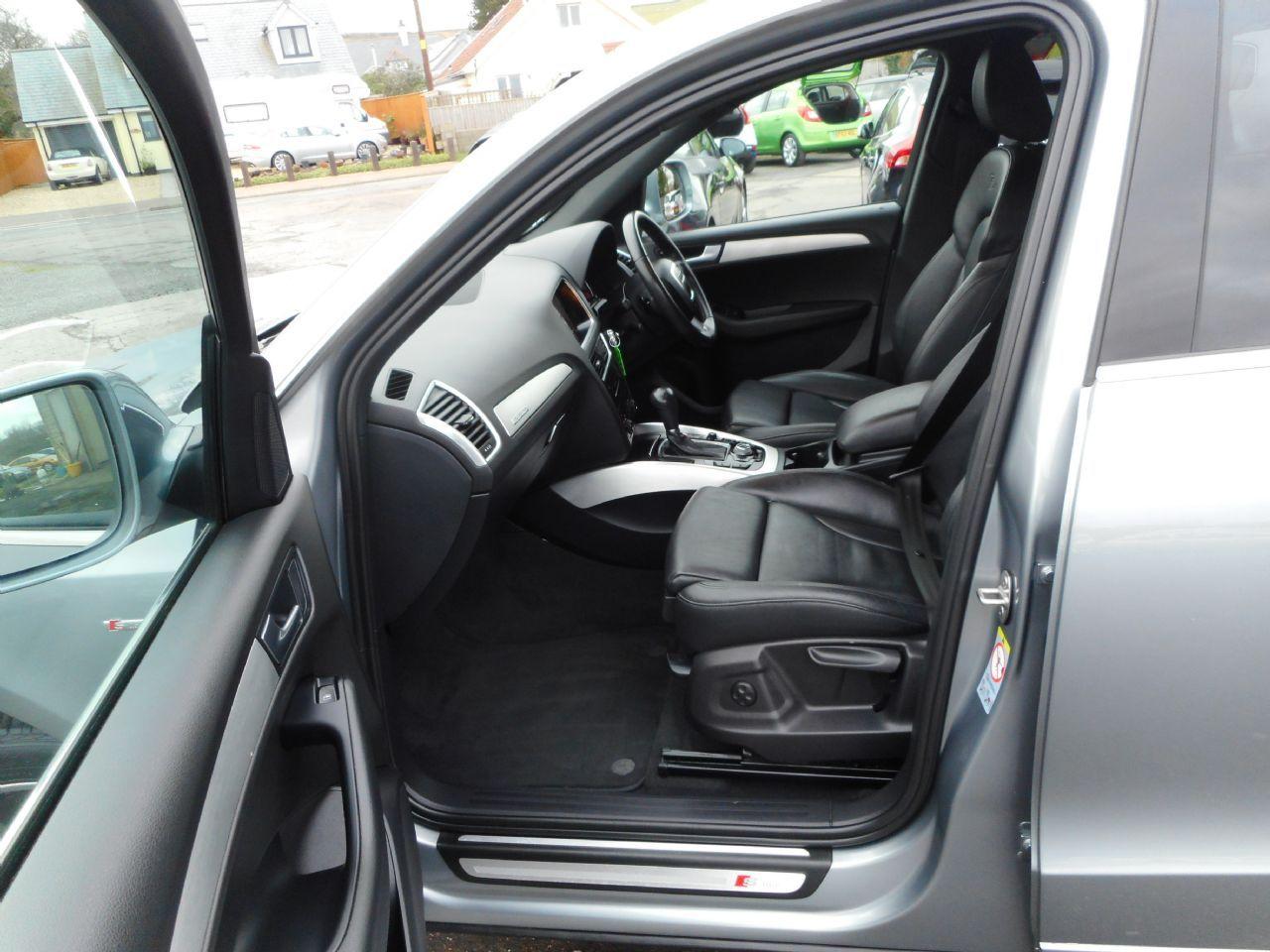 AUDI Q5 3.0 TDI quattro S line 240PS (2012) - Picture 8