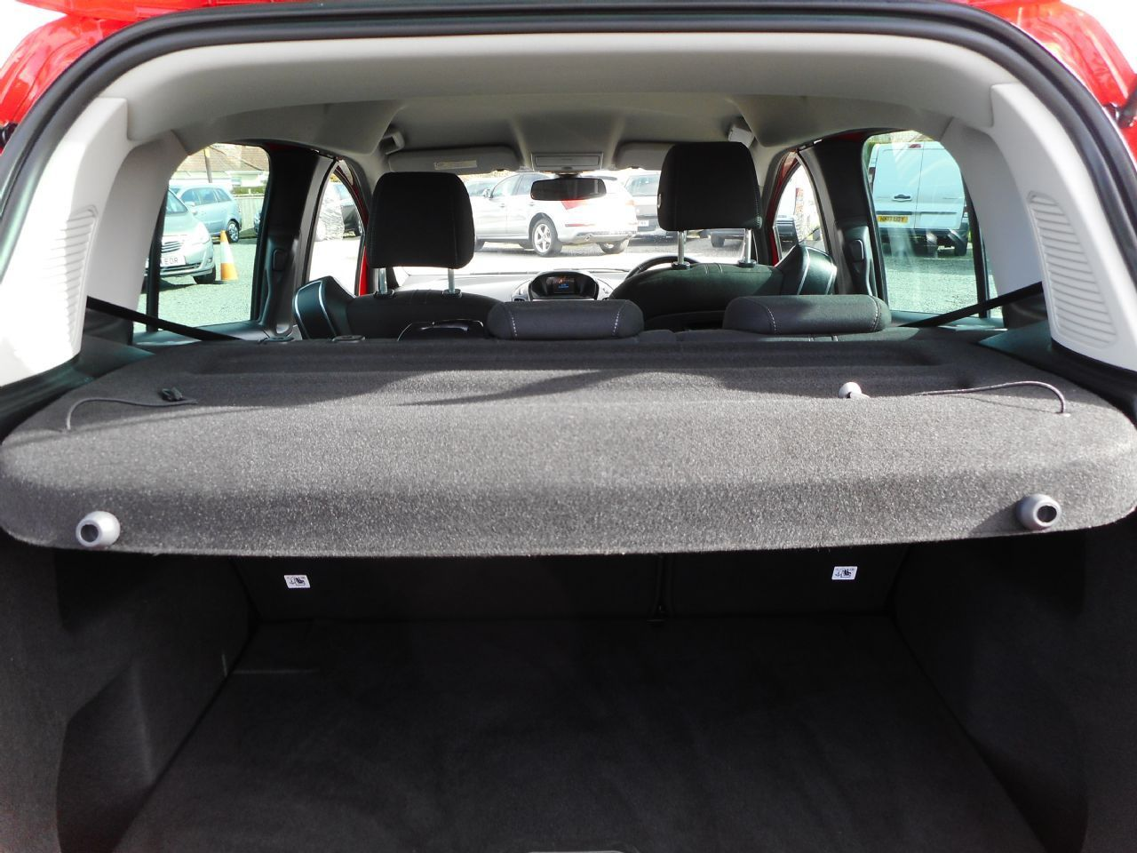FORD B-MAX 1.4 90PS Zetec (2013) - Picture 14