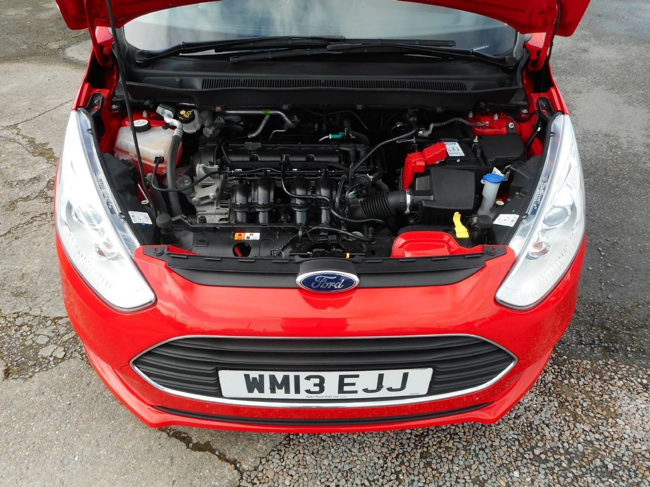 FORD B-MAX 1.4 90PS Zetec (2013) - Picture 17