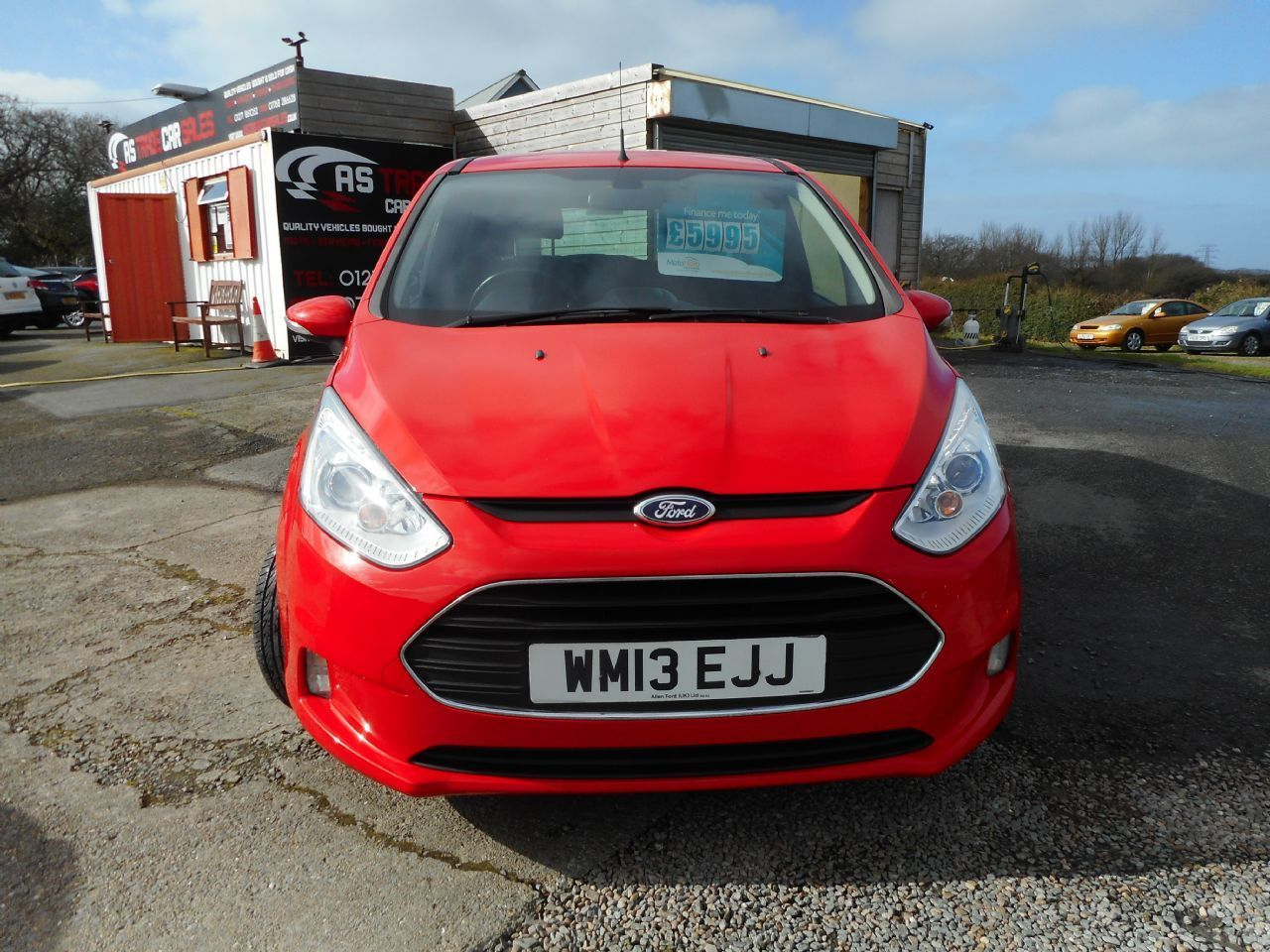 FORD B-MAX 1.4 90PS Zetec (2013) - Picture 2