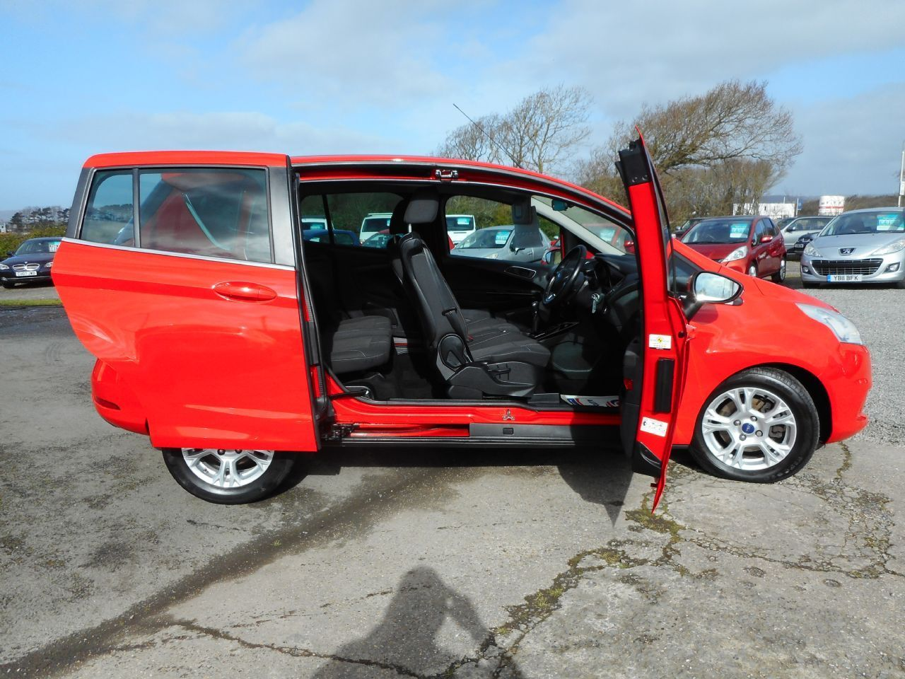 FORD B-MAX 1.4 90PS Zetec (2013) - Picture 5