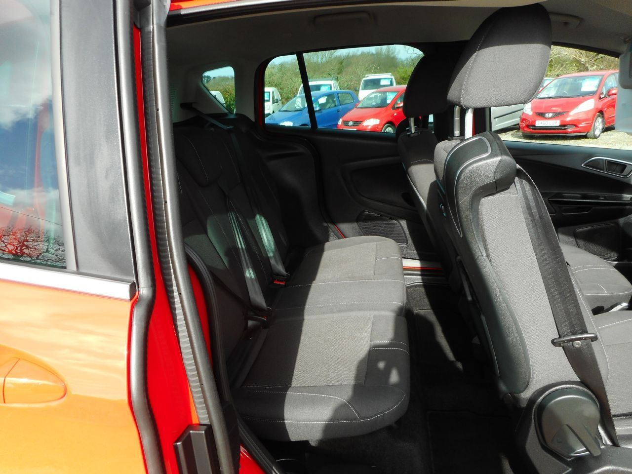 FORD B-MAX 1.4 90PS Zetec (2013) - Picture 6