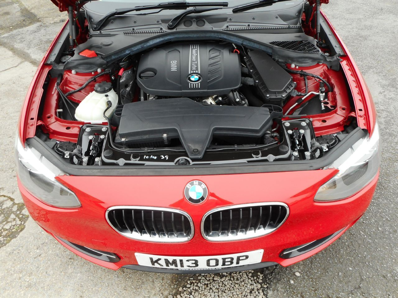 BMW SERIES 1 114d Sport (2013) - Picture 16
