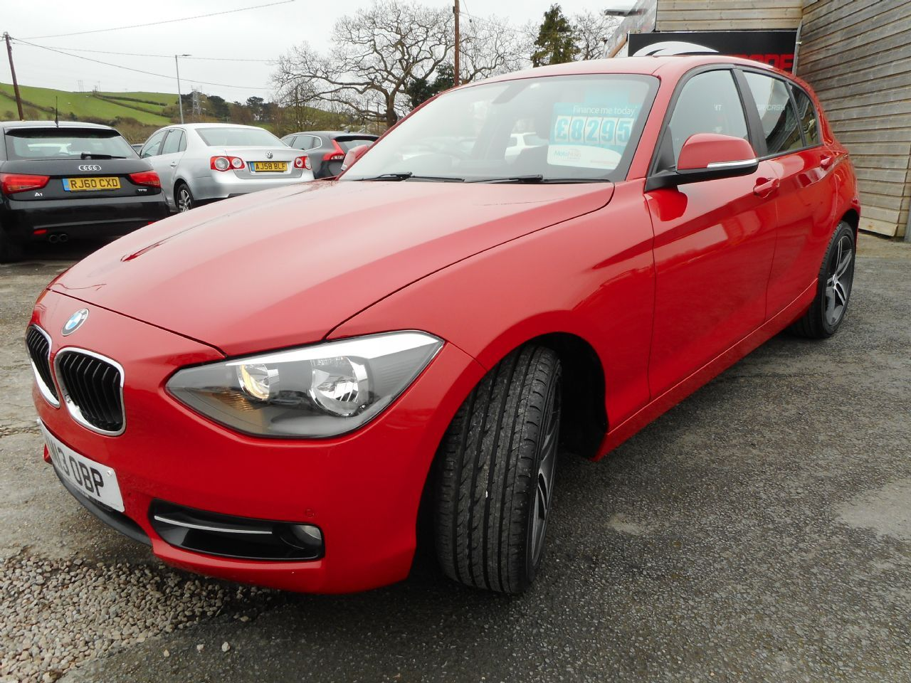 BMW SERIES 1 114d Sport (2013) - Picture 7