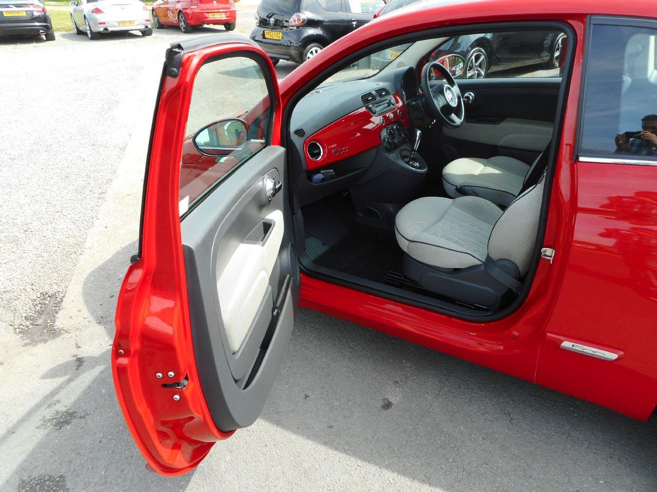 FIAT 500 1.2i Lounge S/S AUTO (2011) - Picture 10