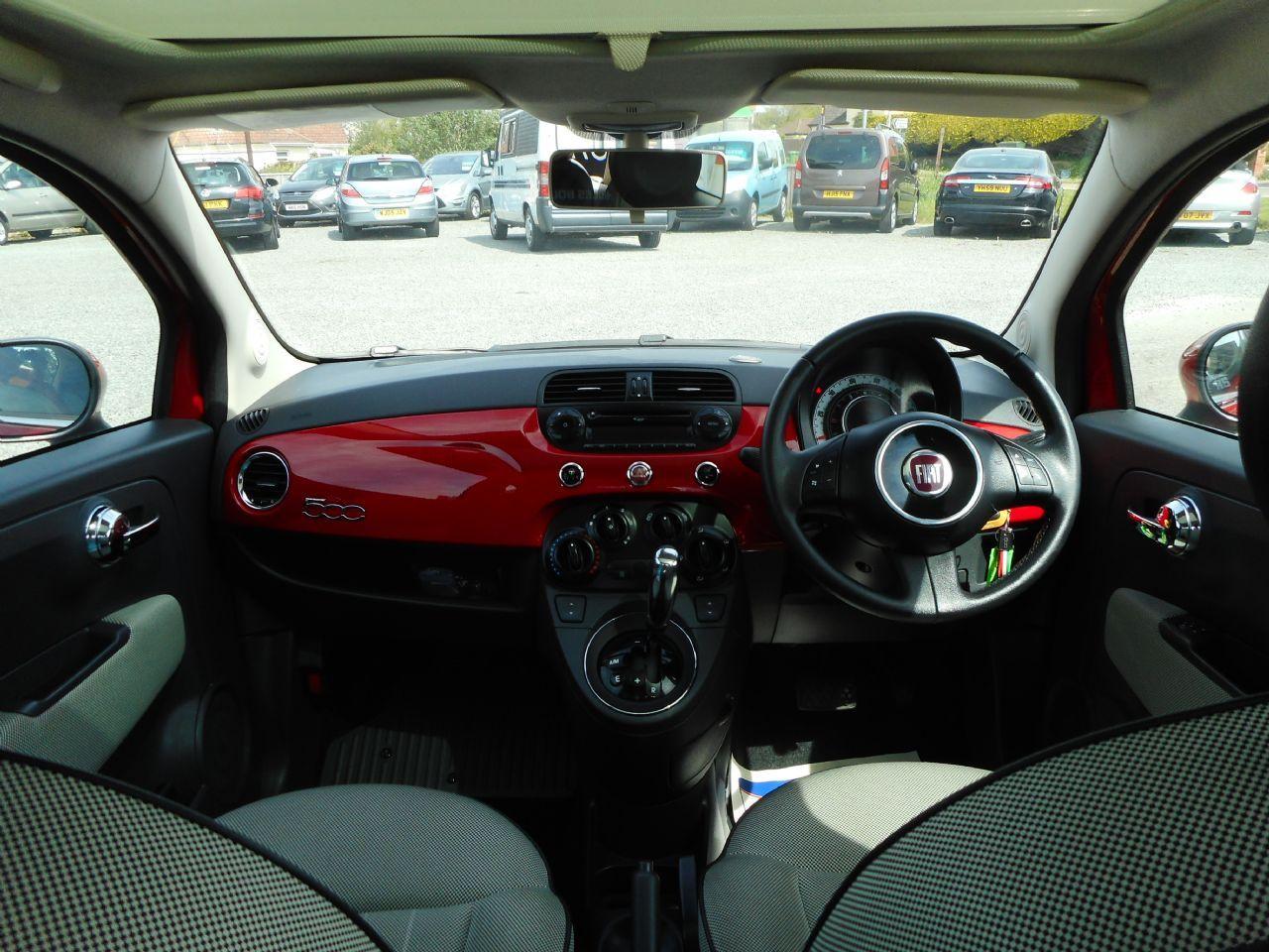 FIAT 500 1.2i Lounge S/S AUTO (2011) - Picture 16