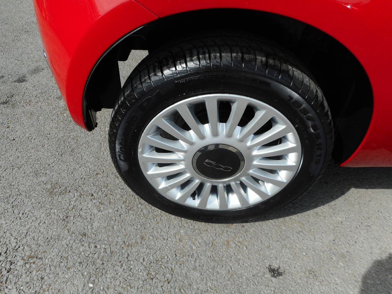 FIAT 500 1.2i Lounge S/S AUTO (2011) - Picture 4
