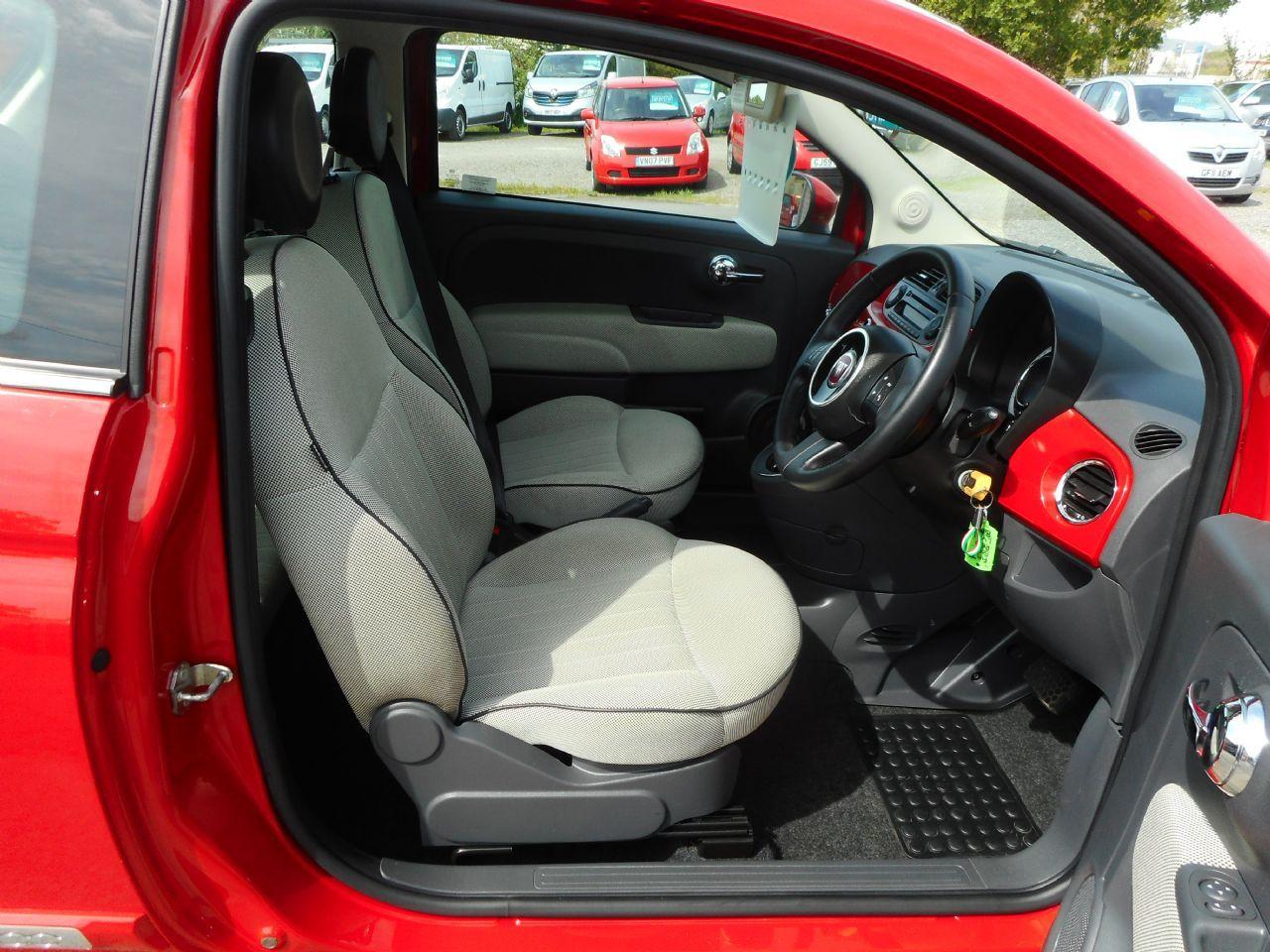 FIAT 500 1.2i Lounge S/S AUTO (2011) - Picture 6