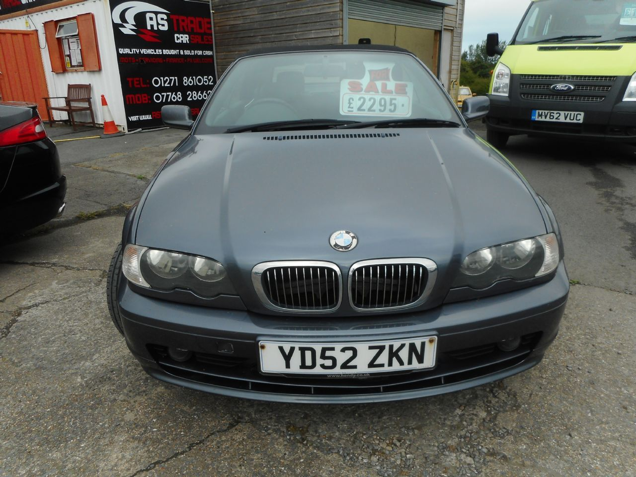 BMW 325CI 2.5i (2002) - Picture 2