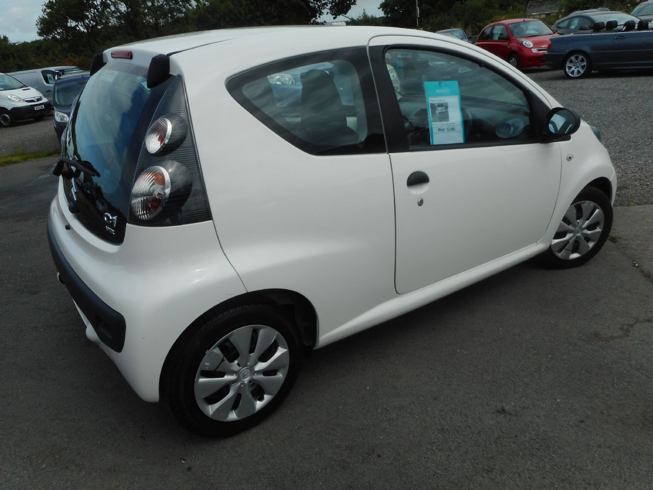 CITROEN C1 1.0i 68hp VTR (2011) - Picture 3