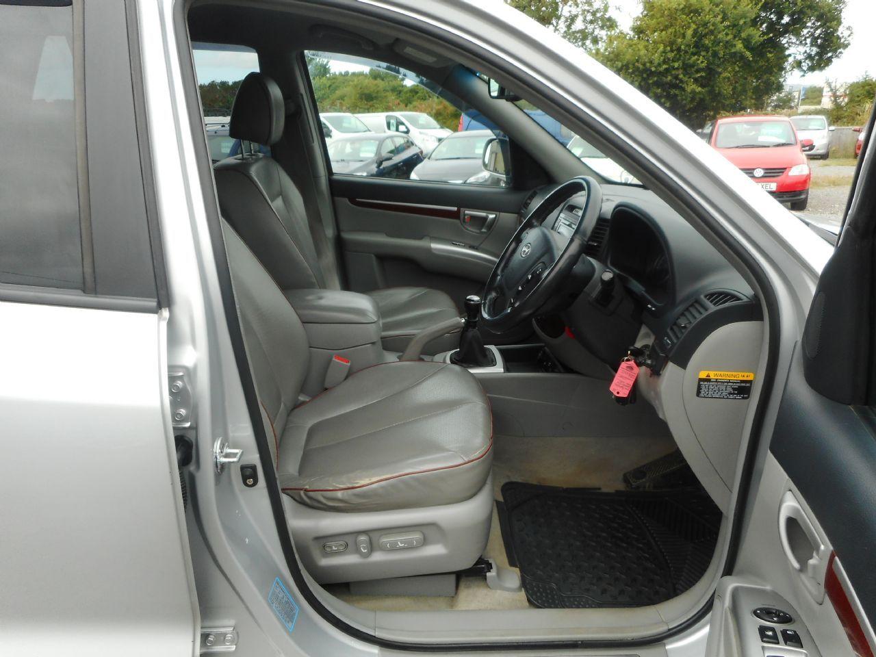 HYUNDAI Santa Fe 2.2 CRTD CDX 5 Seat EU4 (2008) - Picture 11