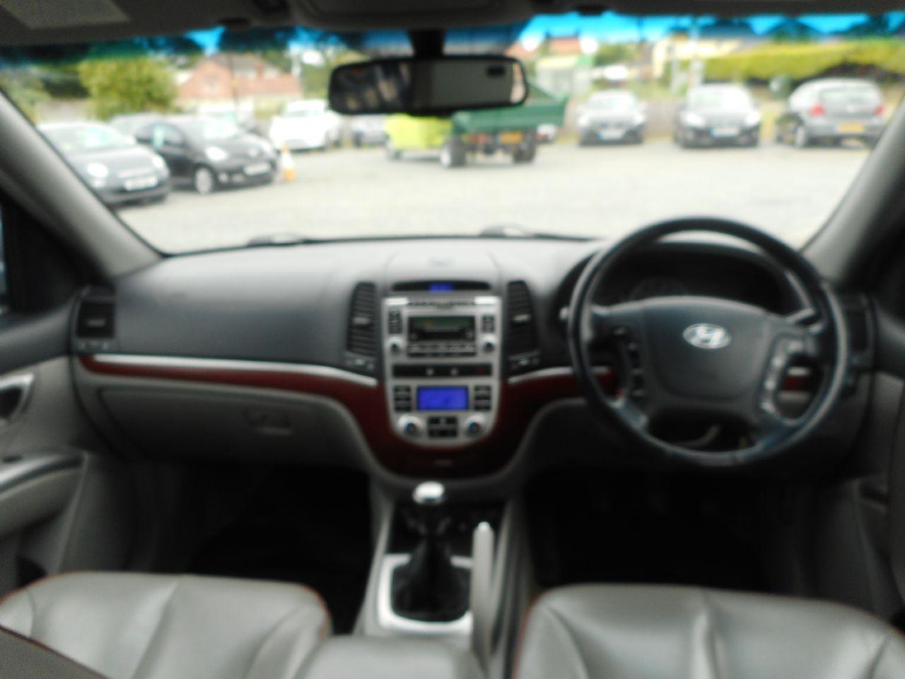 HYUNDAI Santa Fe 2.2 CRTD CDX 5 Seat EU4 (2008) - Picture 13