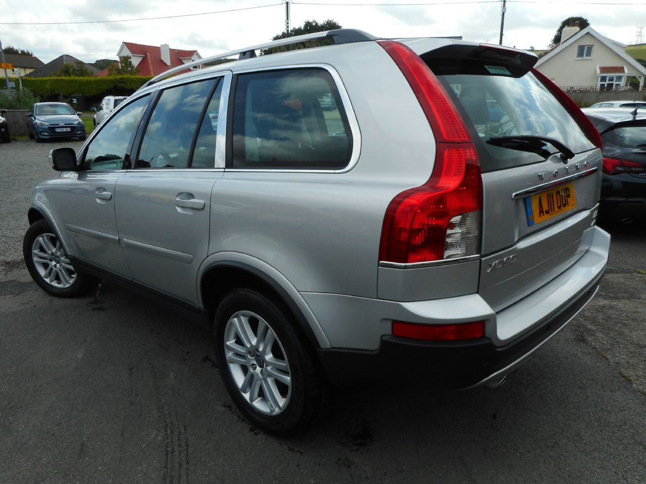 VOLVO XC90 D5 AWD (200 bhp) SE Lux Geartronic (2011) - Picture 4