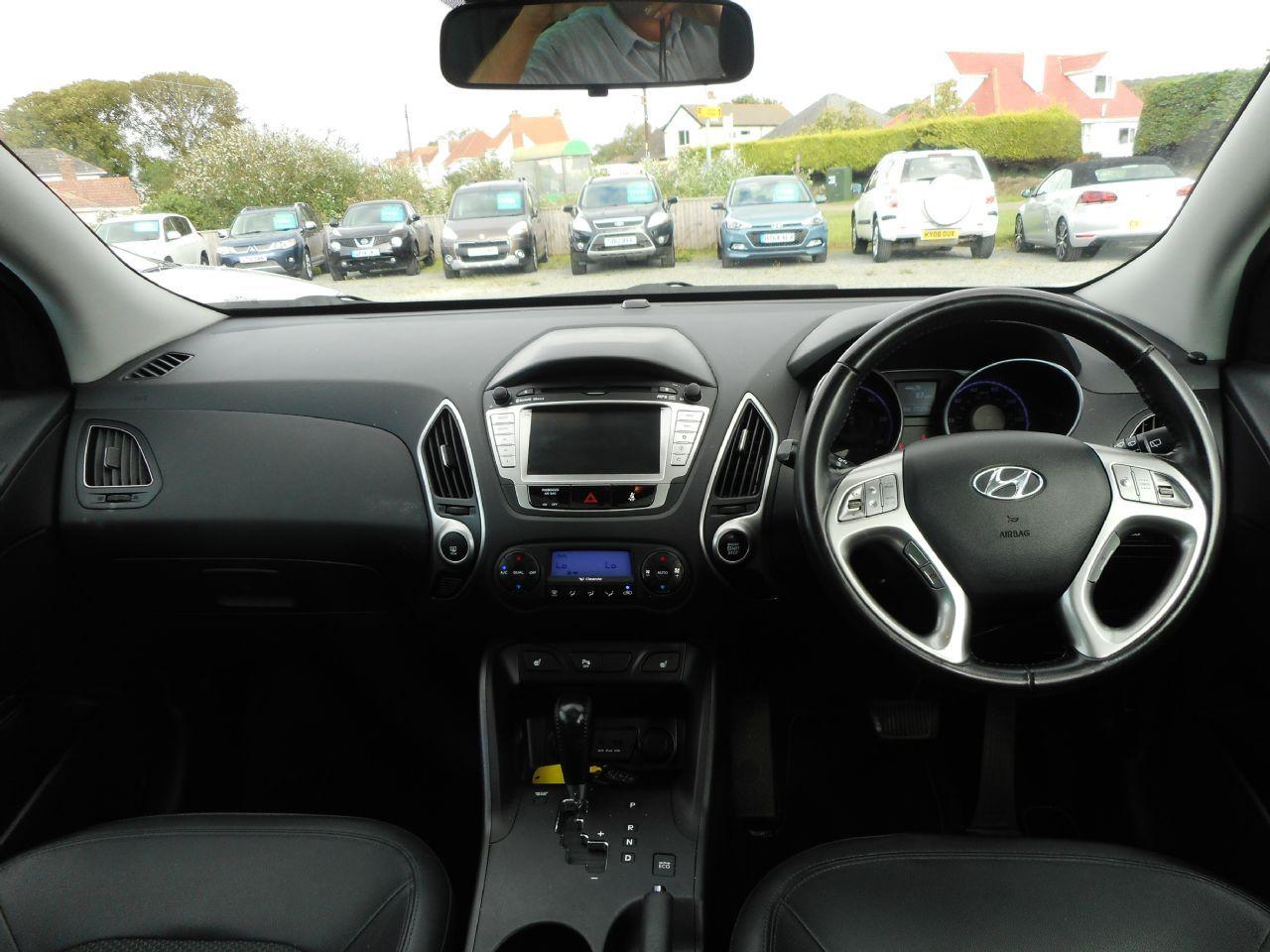 HYUNDAI IX35 2.0 CRDi 4WD Premium Auto (2011) - Picture 12