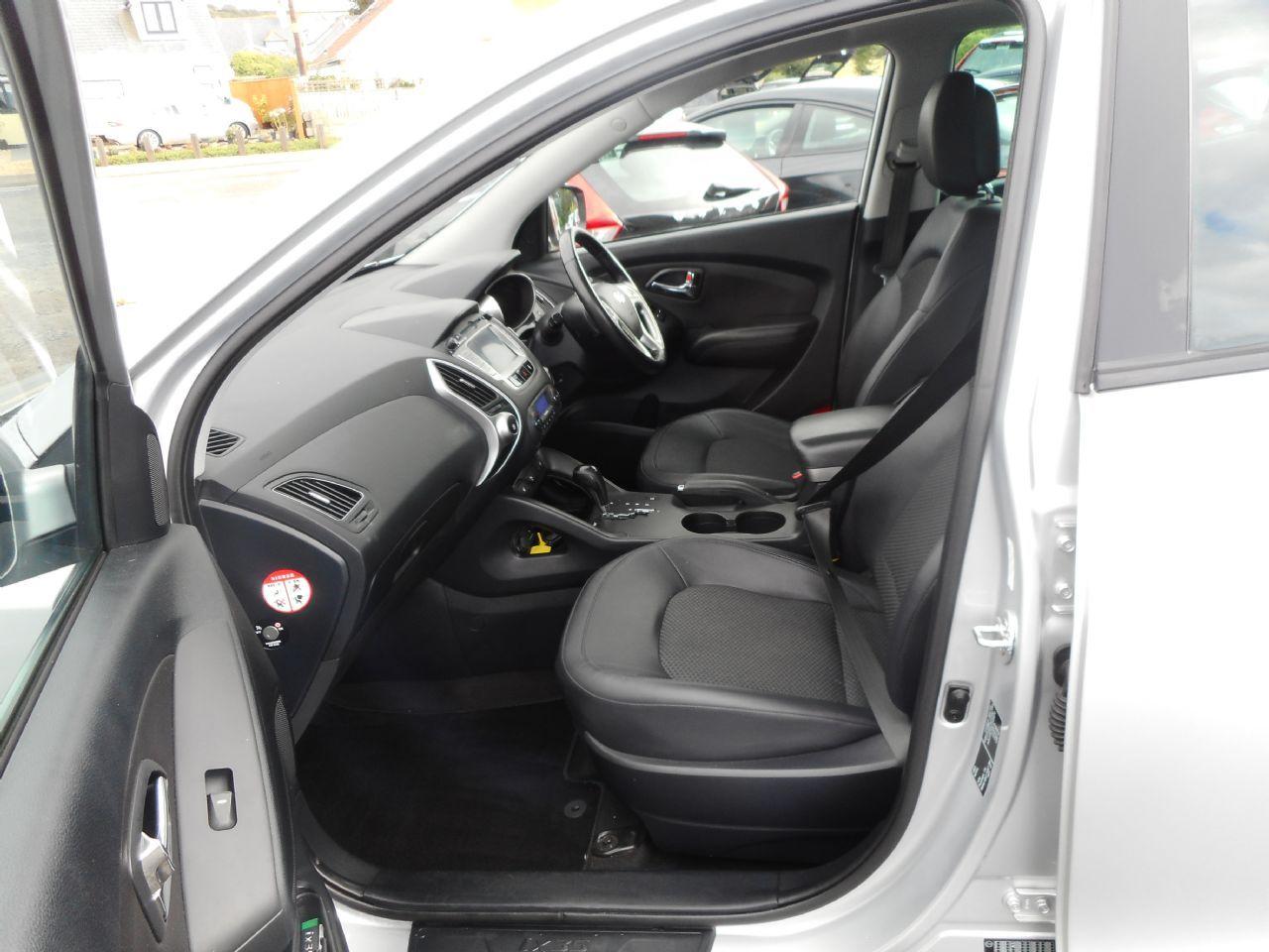 HYUNDAI IX35 2.0 CRDi 4WD Premium Auto (2011) - Picture 9