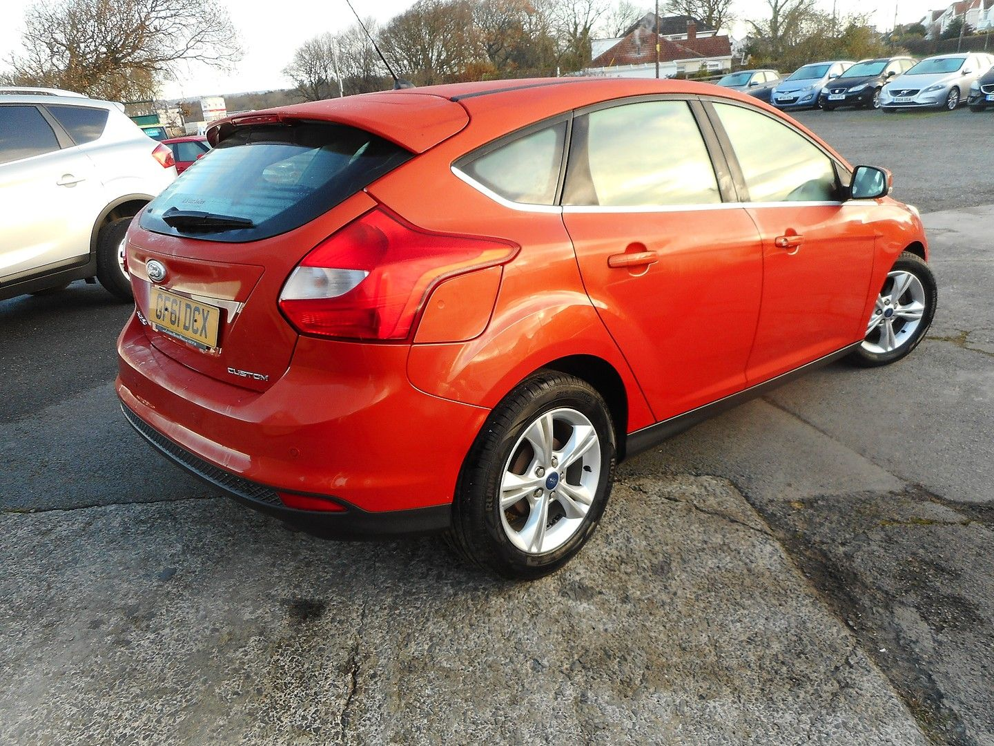 FORD Focus 1.6 Zetec Auto (2011) - Picture 3
