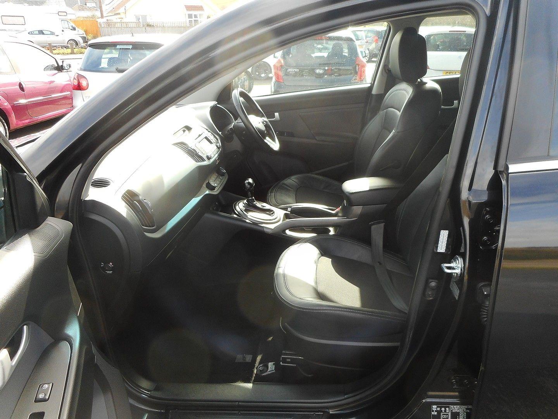 KIA Sportage 2.0 CRDi KX-2 AWD Auto (2013) - Picture 12