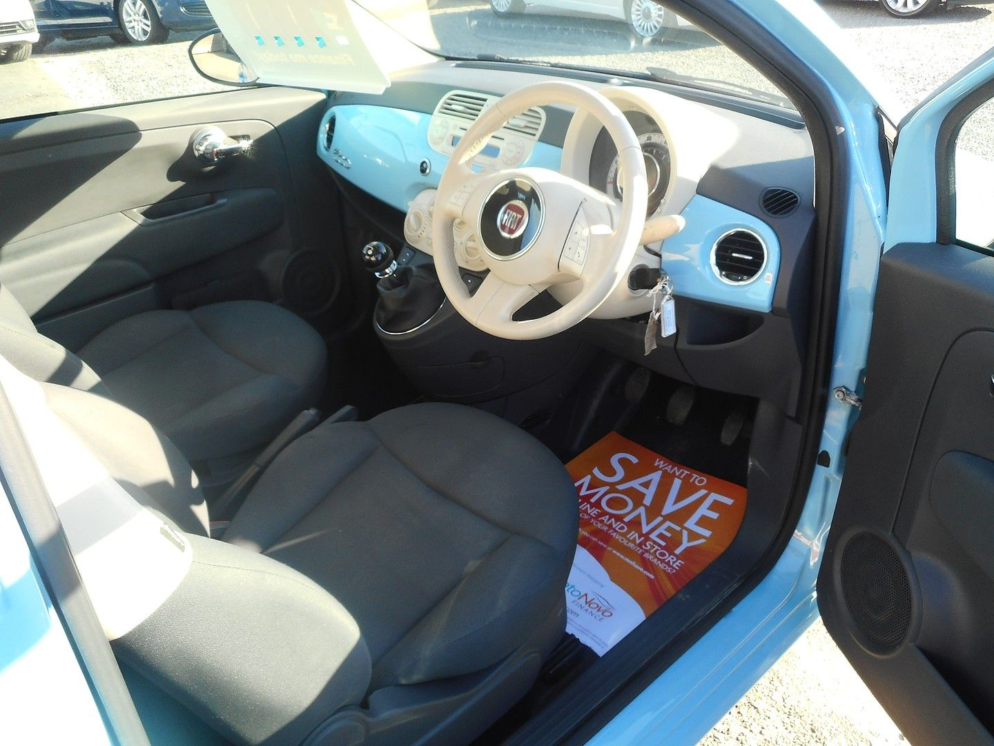 FIAT 500 1.2i Lounge S/S (2014) - Picture 9