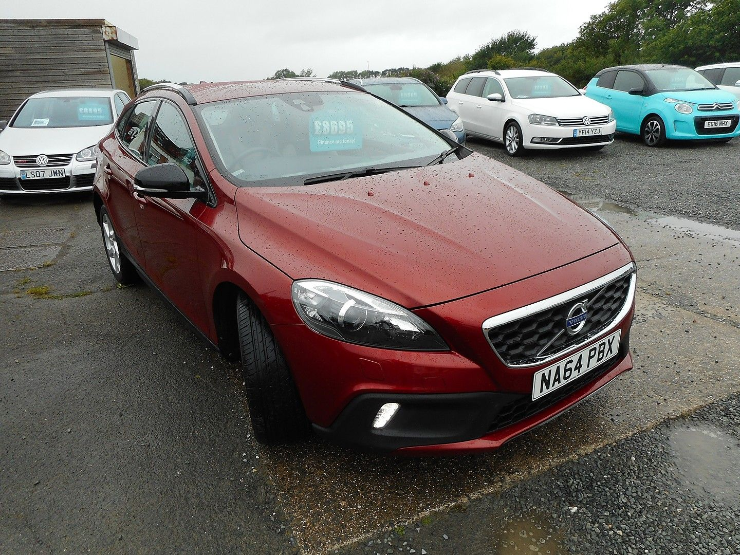 VOLVOV40D2 (115hp) Start/Stop Cross Country Lux for sale