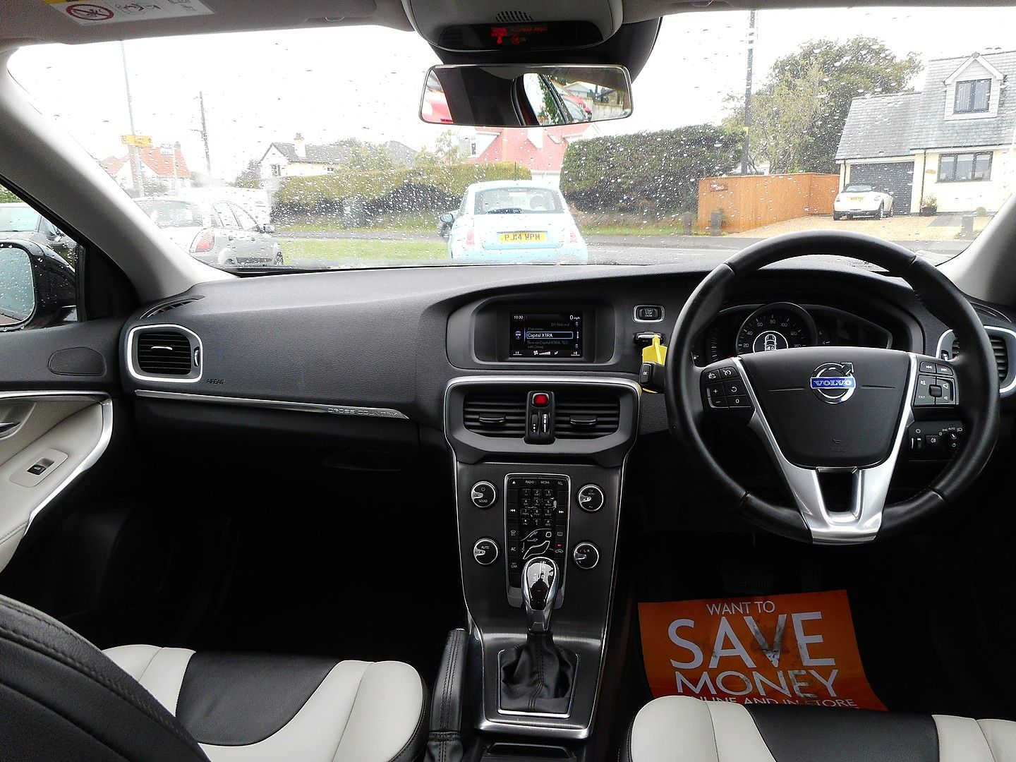 VOLVO V40 D2 (115hp) Start/Stop Cross Country Lux (2014) - Picture 12
